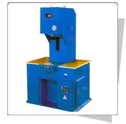 YW30系列单柱液压机